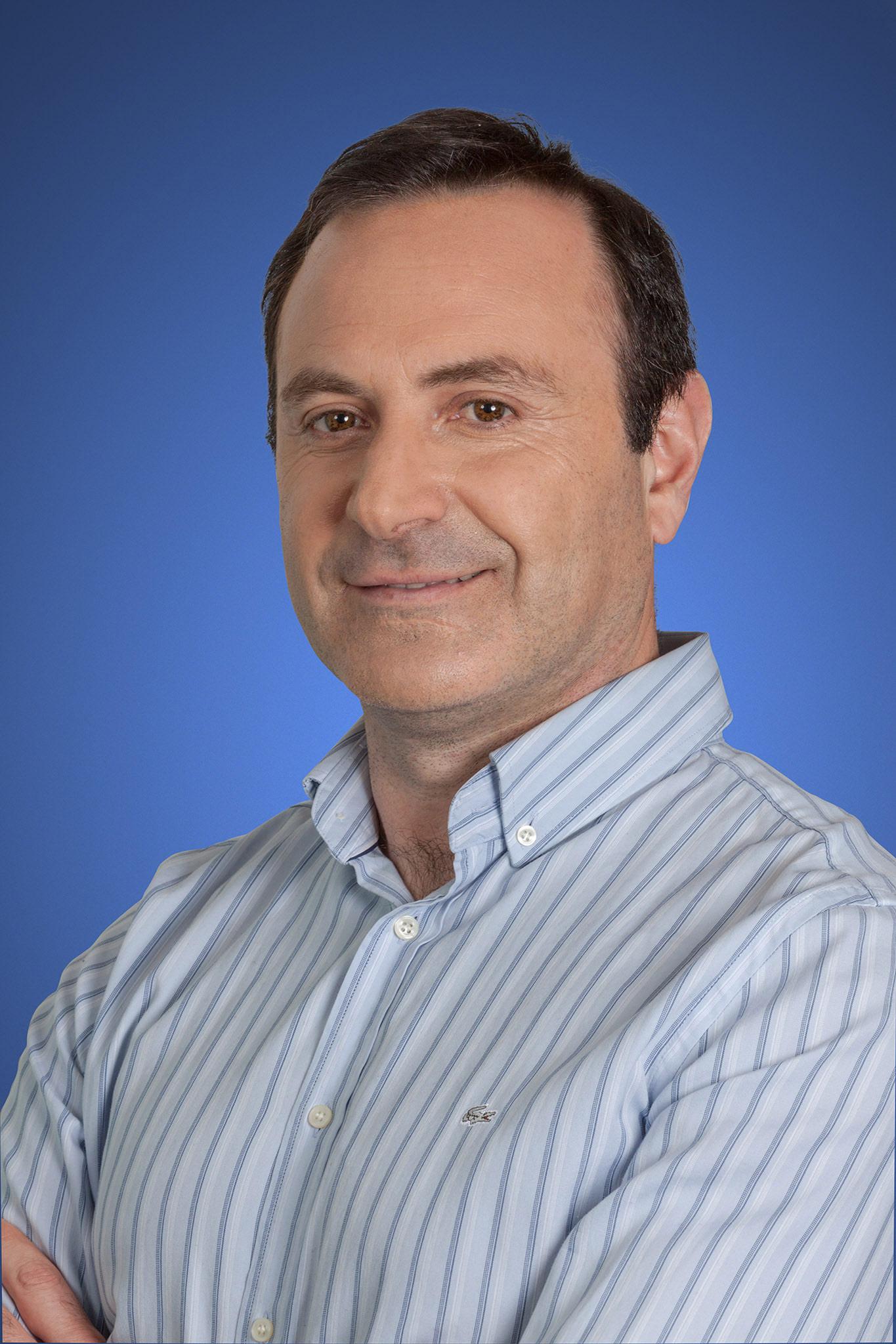 Cesar Maragaño, Gerente Divisional Edificación, Industria y Minería. Director DRS - PMS Perú.