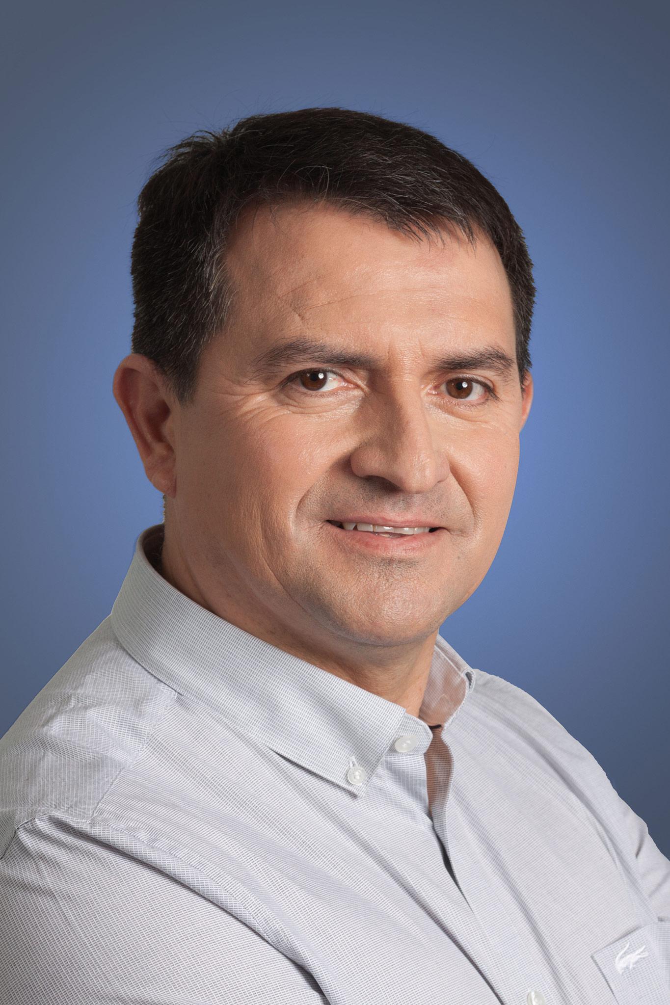Francisco Guzmán Gerente de Personas