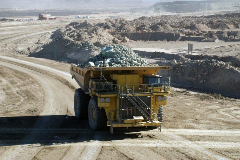 Sector minero opera con cerca del 50% de su dotación presencial