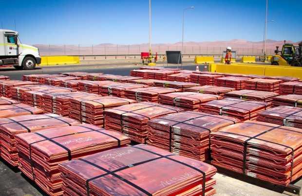 Los factores que rompieron la racha al alza en el precio del cobre: